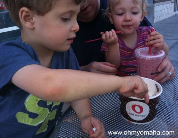 Hyper At Red Mango: Our Trip to Try Tasty New Smoothies From the Frozen Yogurt Giant
