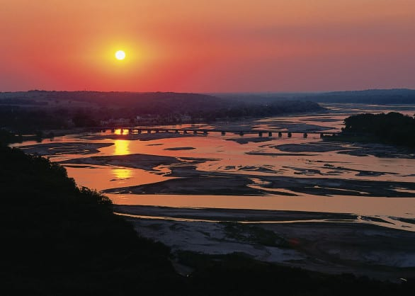 Sunset on the Platte River. Photo courtesy Nebraska Tourism