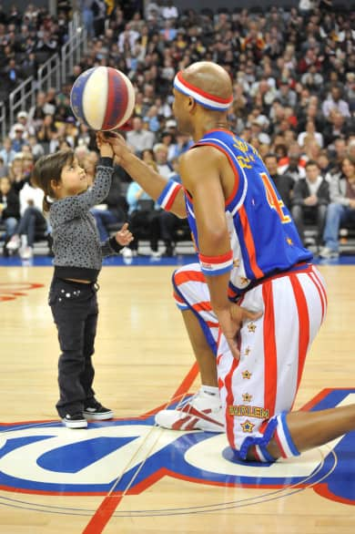 "Harlem Globetrotters' 2009 ""Spinning The Globe"" World Tour"