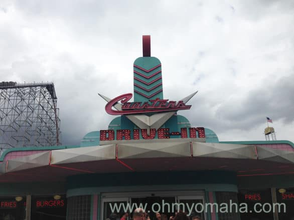 Coasters Drive-In was a '50s-themed diner. Peak lunchtime could mean a lengthy wait for burgers, fries and shakes.