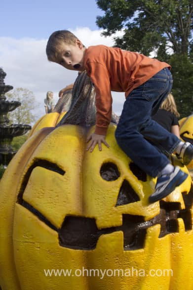 You'll find oversized photo opps inside and outside the park, like giant jack-o-lanterns.