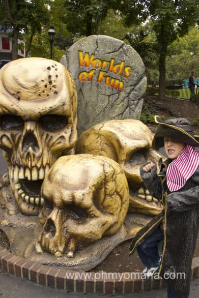 Worlds of Fun Halloween - Decorations found at the Kansas City amusement park