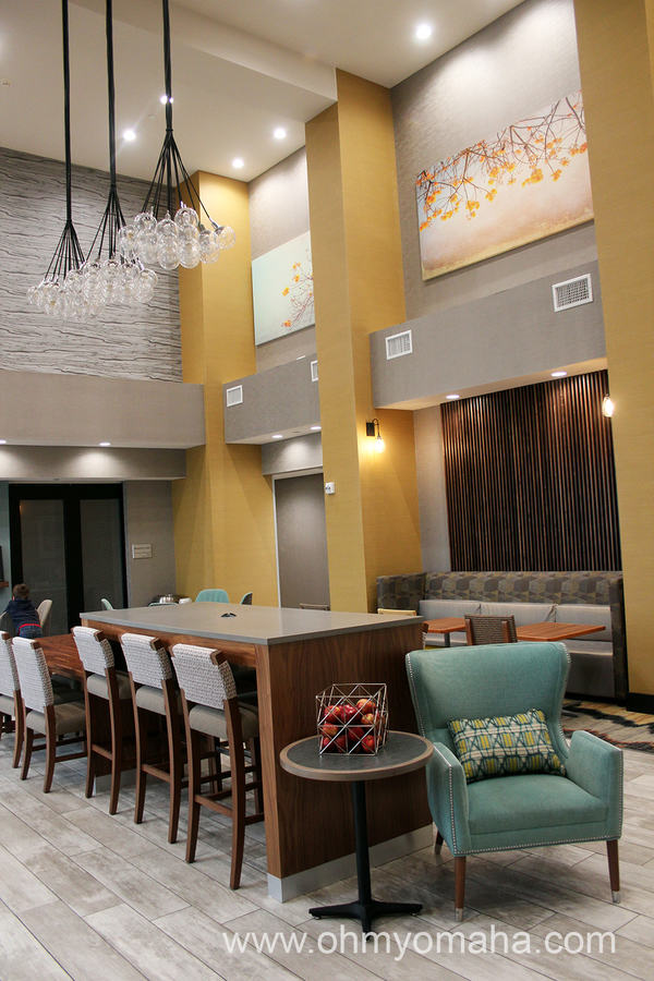 The breakfast area at Hampton Inn & Suites Airport in Wichita, Kansas