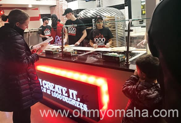 Ordering pizzas at 1000 Degrees Neapolitan Pizzeria in Elkhorn Nebraska