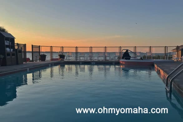 Cherry Tree Inn & Suites outdoor pool