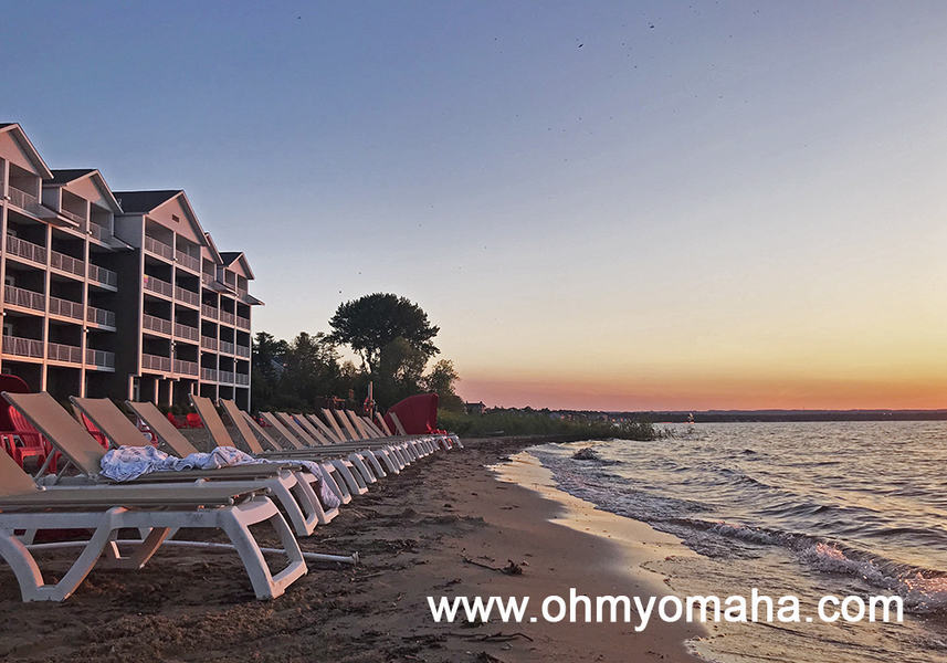 Where to stay  in Traverse City Michigan for a waterfront view:  Cherry Tree Inn & Suites