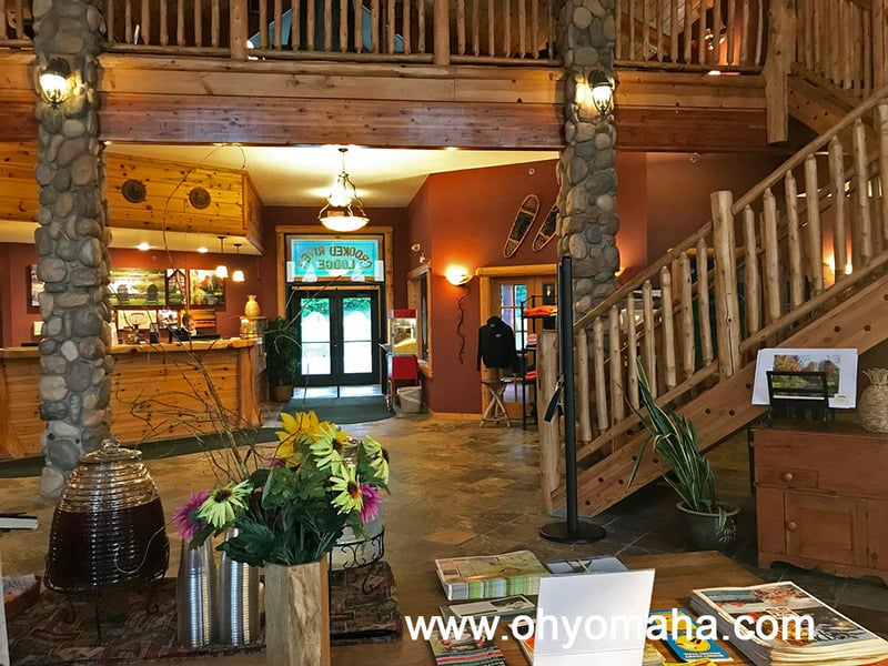 Lobby of Stafford's Crooked River Lodge