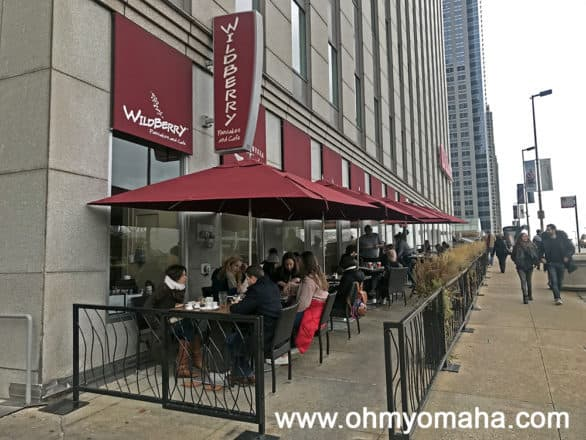 People dining outside at Wildberry in Chicago