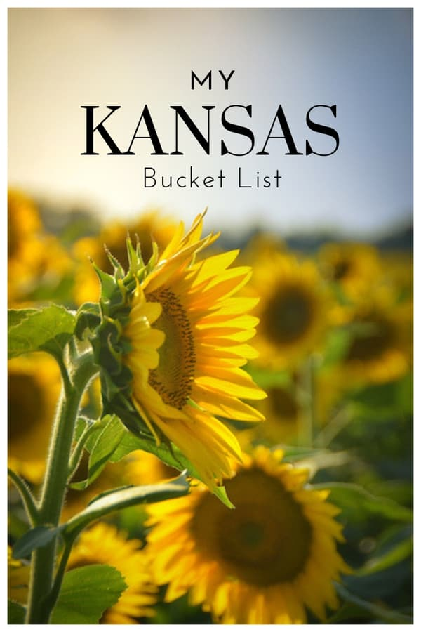 Kansas Bucket List - Unique places to visit, amazing hikes, and great food to eat in #Kansas #bucketlist