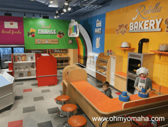 Mini grocery store at Omaha Children's Museum