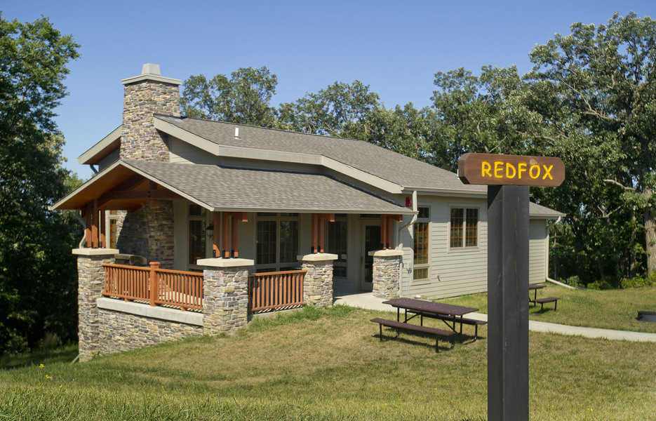 Exterior of a mini lodge cabin at Ponca State Park in eastern Nebraska. The mini lodges at Ponca are among the most popular state cabins in Nebraska.
