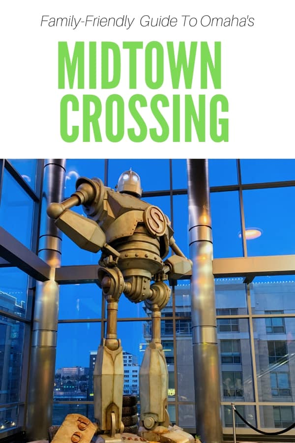 Things to do with kids at Midtown Crossing in Omaha, Nebraska - Guide to Midtown Crossing's best kid-friendly restaurants, annual special events, and fun things to do. #Omaha #Nebraska #USA #familyfun