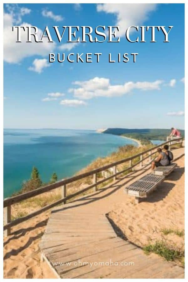 Use this awesome bucket list to plan a vacation to Traverse City, Michigan! This post includes must-try restaurants in Traverse City, outdoor adventures, and unique tours. #Michigan #TraverseCity #USA #USATravel