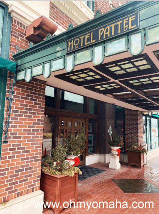 Exterior of Hotel Pattee in Perry Iowa
