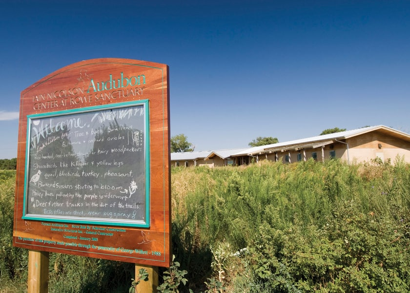 The Iain Nicolson Audubon Visitor Center at the Rowe Sanctuary in Kearney, Nebraska offers kid-friendly sandhill crane viewing opportunities.