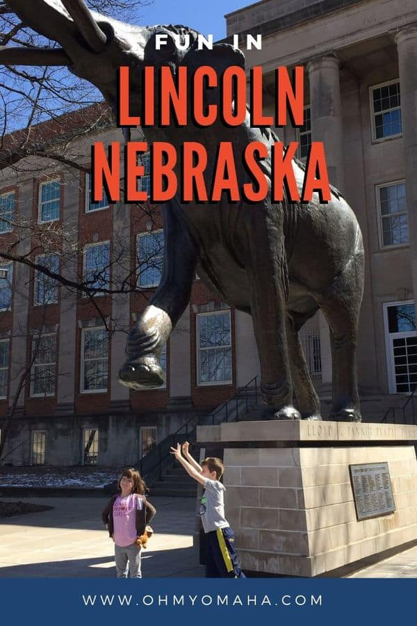 Looking for a kid-friendly Midwest destination that's affordable and fun? Try Lincoln, Nebraska. From the children's zoo to fossils and ice cream and bounce gyms, Lincoln has a lot to do on a weekend getaway. Things to do in Lincoln Nebraska #Lincoln #LNK #Nebraska # family travel #familytime
