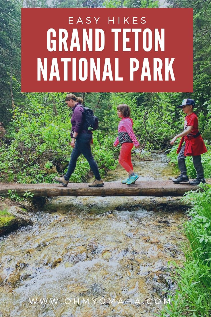 These great hikes at Grand Teton National Park are easy and less than 3 miles long. The trails suggested are good for families and beginner hikers.