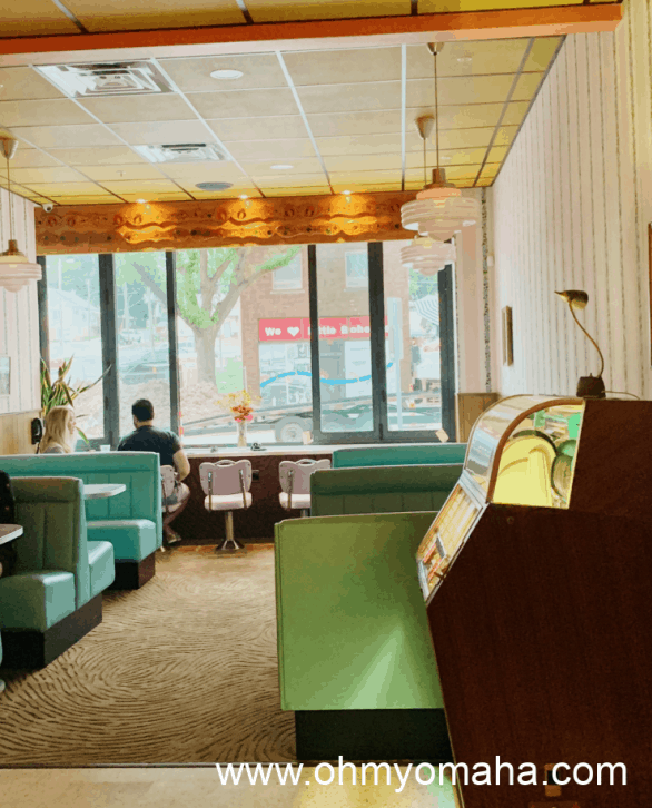 The retro interior of Fizzy's Fountain and Liquors in Little Bohemia in Omaha.