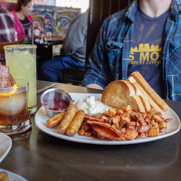A breakfast plate and drinks at Eggs and Jam