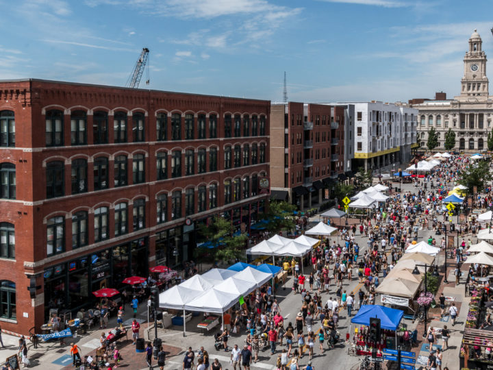 The Downtown Farmers' Market in Des Moines