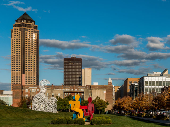 The Des Moines skyline and Pappajohn Sculpture Park