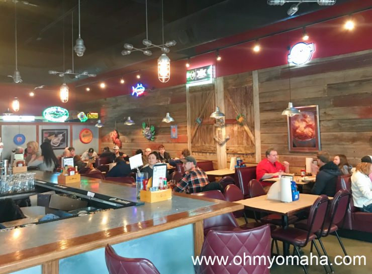 Interior of Shucks Fish House & Oyster Bar in West Omaha