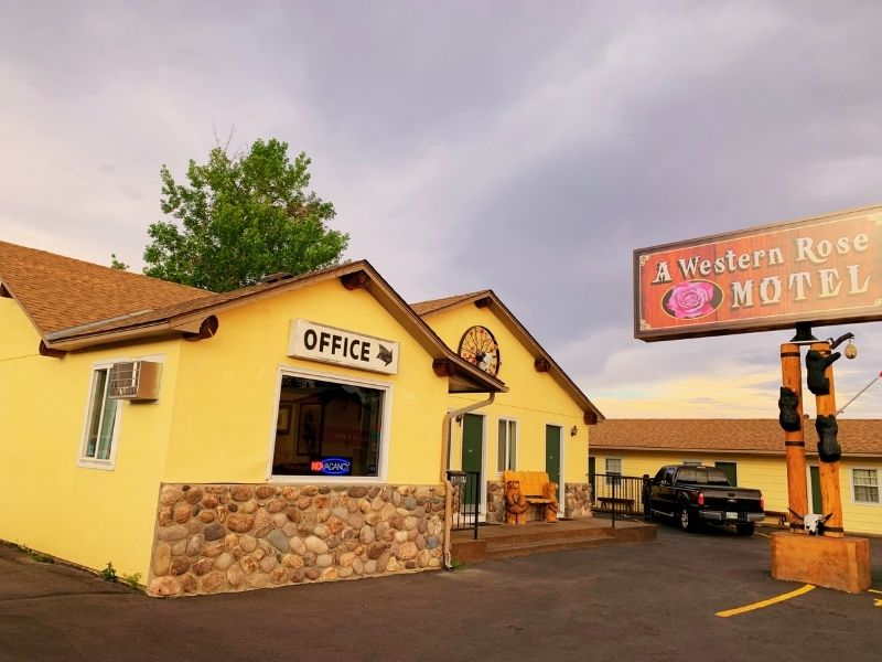 Exterior of A Western Rose Motel in Cody